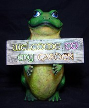 Welcome Sign/Frog - Standing BISQUE (Unpainted)