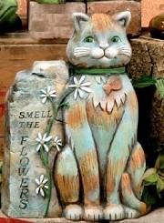 Garden Cat - SMELL THE FLOWERS BISQUE (Unpainted)